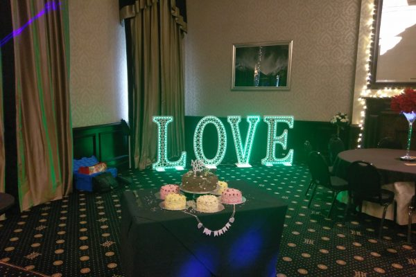 4ft Love letter hire in green